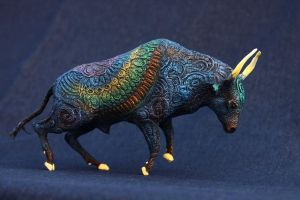 Rainbow bull by hontor