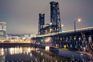 Portland at night by aramphoto