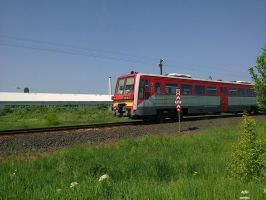 Train in Hungary by jochniew