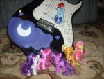 Nightmare Moon Guitar by Lemguin