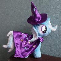 The Great and Powerful (Filly) Trixie! by Pinkamoone