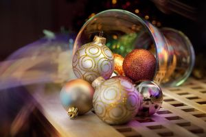 vase with Christmas toys by Anti-Pati-ya