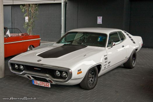 440ci satellite by AmericanMuscle