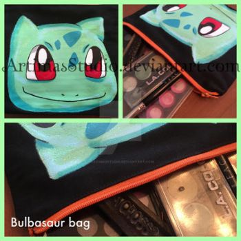 Bulbasaur bag by ArtimasStudio