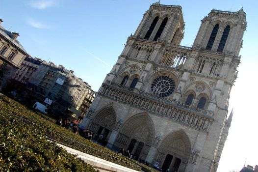 Notre Dame I by saraaamarie