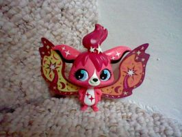 LPS RARE Red glow-in-the-dark fairy by ButchxButtercup1996