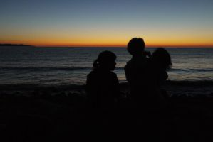 Sunset with family by Stelo