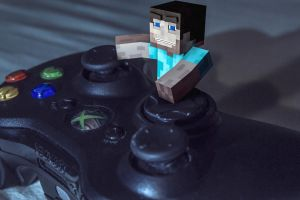 Day 38: Minecraft-steve playing Xbox by Weed-Lion