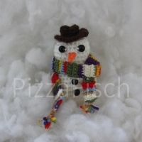 Crochet Snowman - Fourth Doctor by PizzaFisch