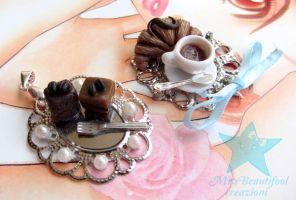 Breakfast Pendant by missbeautifool