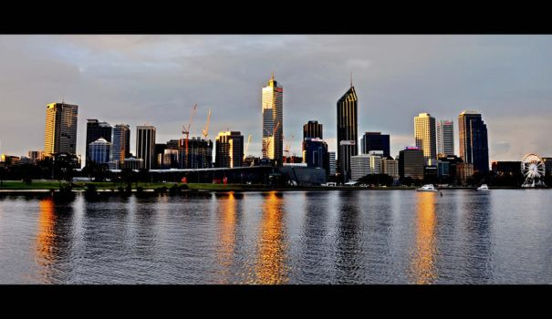 Perth at sunset by HappyCreA
