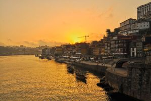 Oporto sunset by txay