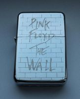 PINK FLOYD - THE WALL - engraved lighter by Piciuu