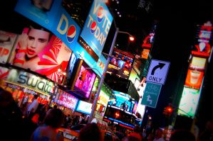 Times Square by purplelavalamp