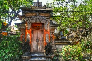 Balinese Gate by dtorch