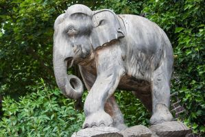 elephant statue by Melly75