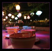 Teacups Waiting by reviresco