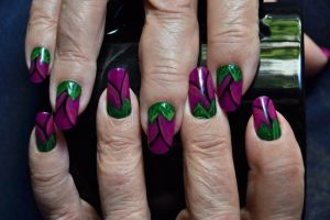 Tulip Nails by MayEbony