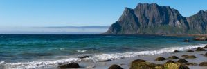 Lofoten Coast by TomNL