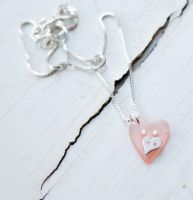 Heart necklace by MirielDesign