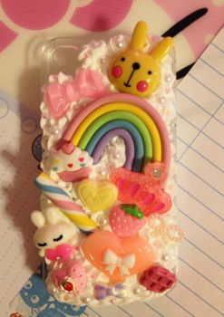 Giant Rainbow and Bunny Decoden Cellphone Case by pinkDudu