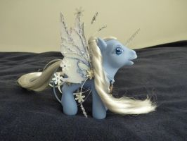 custom mlp winter 2 by thebluemaiden