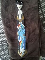 Golden Rainbowdash tie by raptor007