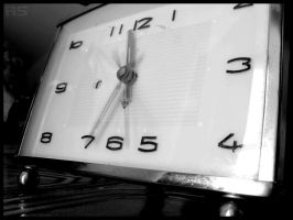 Time goes so fast... by Raphaero