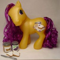 Jelly Curl little pony by Woosie