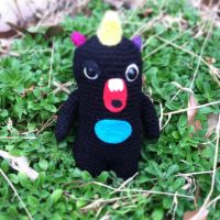 Sig from the So So Happy Moodee Monster collection by Yarnigurumi