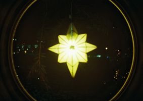 Follow The Star by lomocotion