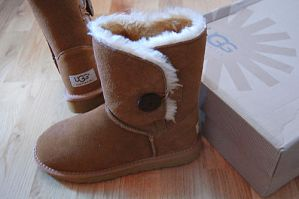 My Uggs by hellokitty1996