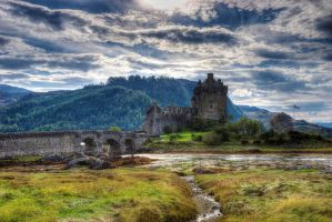 Eilean Donan Afternoon HDR by Spyder-art