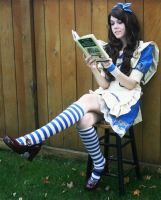 Alice reading Alice? by GS-Force