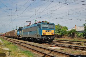 V63 035 and V46 022 w. freight by morpheus880223