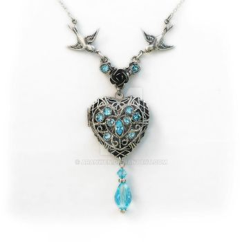 Aquamarine Locket Necklace by Aranwen