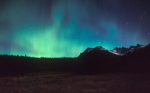 Auroras and.... by vindego