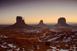Snow in Monument Valley by netzephyr