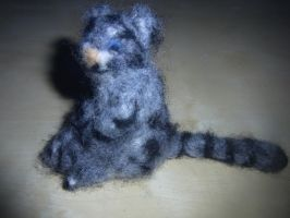 Needle felted snow leopard plushie by ArcticIceWolf