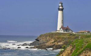 Pacific Lighthouse by bluesman219