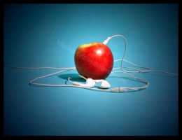 Apple iPod by sauceizzey