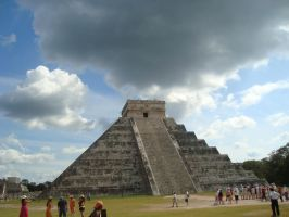 Chichen Itza, El Castillo by MexEmperorRamsesII