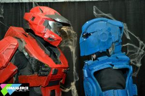 halo stare down with gears of war by phoenix-101