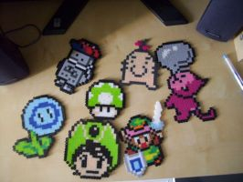 Pixely Things by Usagi-CRI