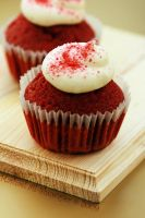 Red Velvet Cup Cake by MeSHa3eL