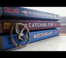 The Hunger Games: Mockingjay Pin by AzianxPersuasion