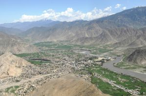 The City of Asadabad, Afghanistan by DarkGyraen