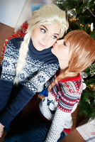 Sweet kisses by TwinseyCosplay