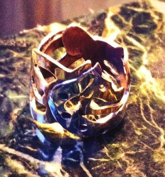 Wolf Ring by hyperrrmouse