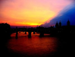sunset over London by theman99808